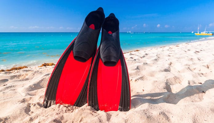 10 Best Snorkeling Fins Reviewed  Compared in 2018 Buyers Guide