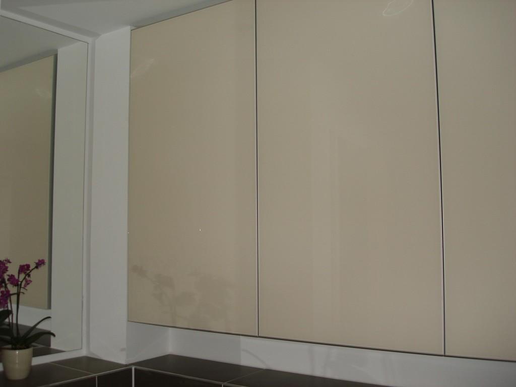 Custom Made Luxury Bathroom Painted Glass Cabinets