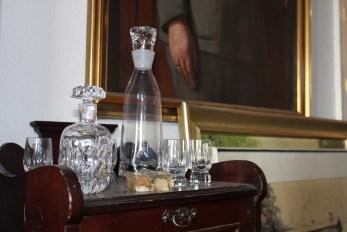 Karaffen und Gläschen wie aus den 20ern