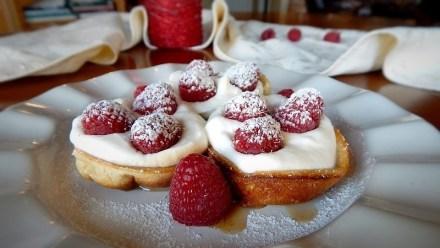 Mini Dutch Babies with Raspberries & Cream