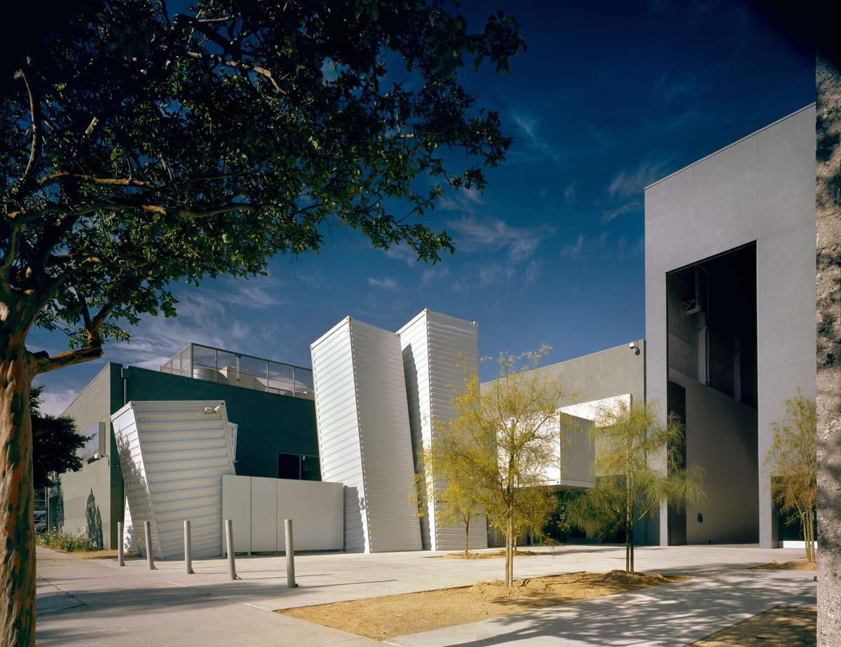 proj-art-center-college-000