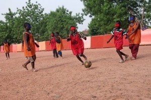 Malian students of the Institut des Jeunes Aveugles (Institute for the Young Blind) playing football. Photo Courtesy of Sebastien Rieussec.