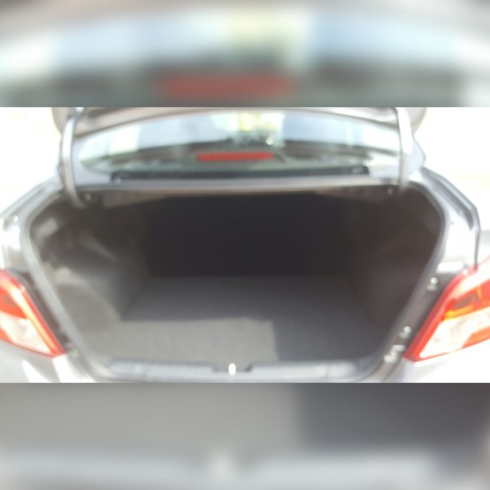 Mitsubishi-Mirage-trunk