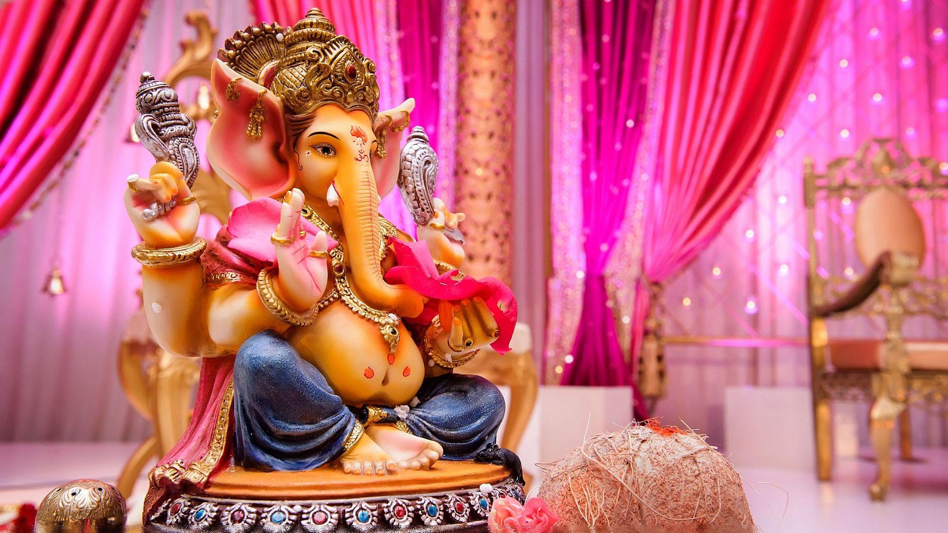Www Hindu God Wallpaper Com Cute Ganeshji Lord Ganesha God Hd Wallpapers