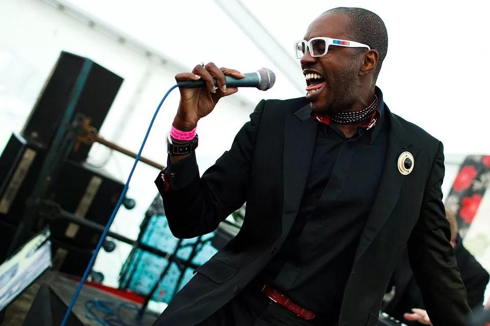 David-mcalmont-singer1