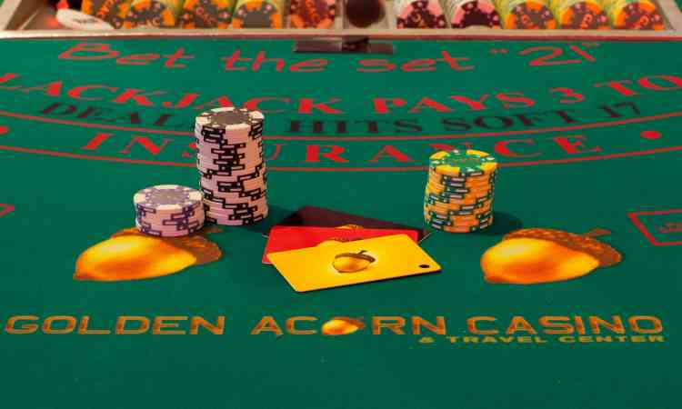 blackjack-table-at-Golden-Acorn-Casino