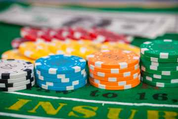 texas hold em table games