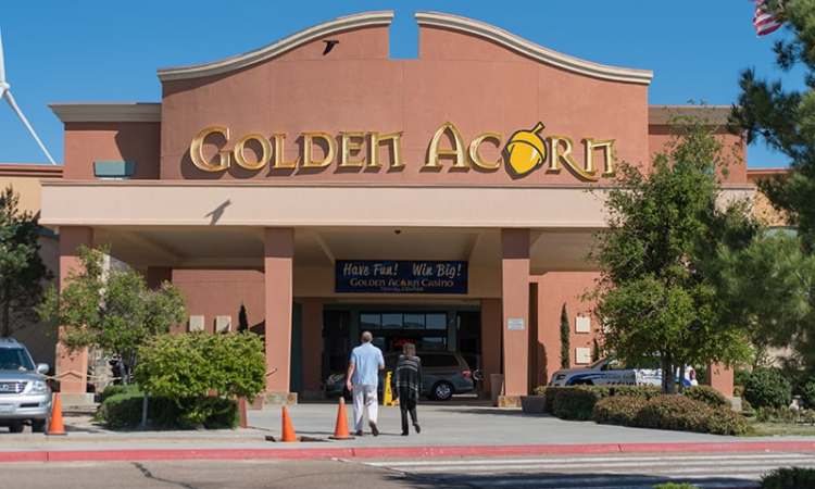 I-8 Interstate Golden Acorn Casino & Travel Center