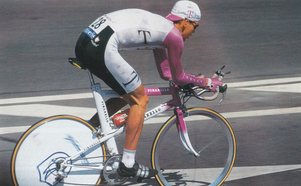 Jan Ullrich bei der Tour de France 1996 - Foto: Numerius (Flickr) CC-BY-ND