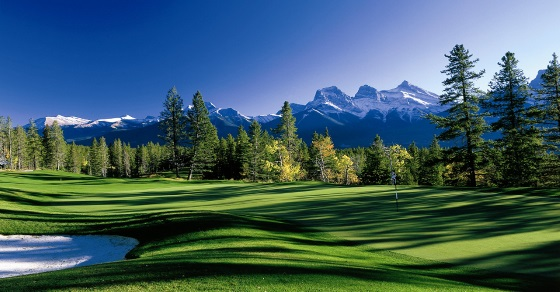 Silvertip Resort golf course - Canadian Rockies
