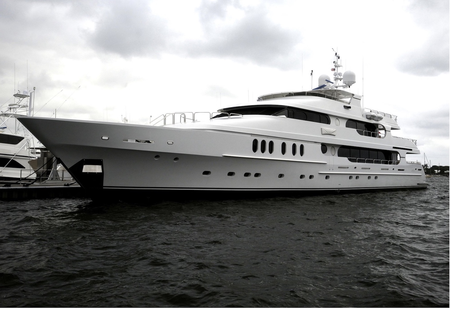 tiger woods yacht us open 2018