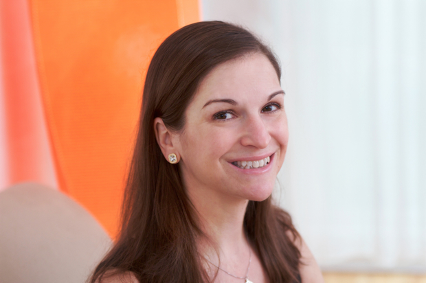 Sarah Dessen Author Photo | Good Books And Good Wine
