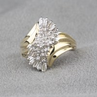 Pre-Owned Diamond Dinner Ring in 10 Karat Yellow Gold