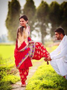 Punjabi Girl With Gun Hd Wallpaper 121 Punjabi Couple Photos Pics For Whatsapp Amp Facebook Dp