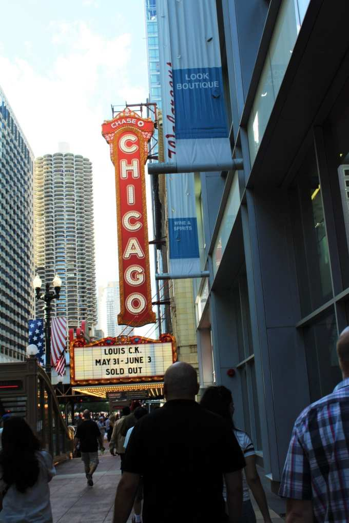 Chicago Theater // 7 Chicago Spots You've Got To Visit