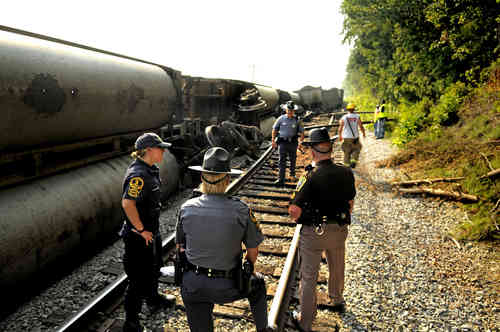 CSX Train Derailment Spills Coal in Ferry Farm VA Area - FELA Lawyer