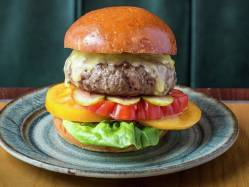 Radiant Bsk Burger Recipe Bread Street Kitchen Burger Recipe Gordon Ramsay Recipes Gordon Ramsay Burger Recipe Egg Gordon Ramsay Burger Recipe Las Vegas