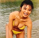小島瑠璃子『週プレ』オフショット投稿で物議 グラビアに「太った?」「痩せた?」コメントはNG!?