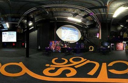 Inside-Princes-incredible-Paisley-Park-studios (2)