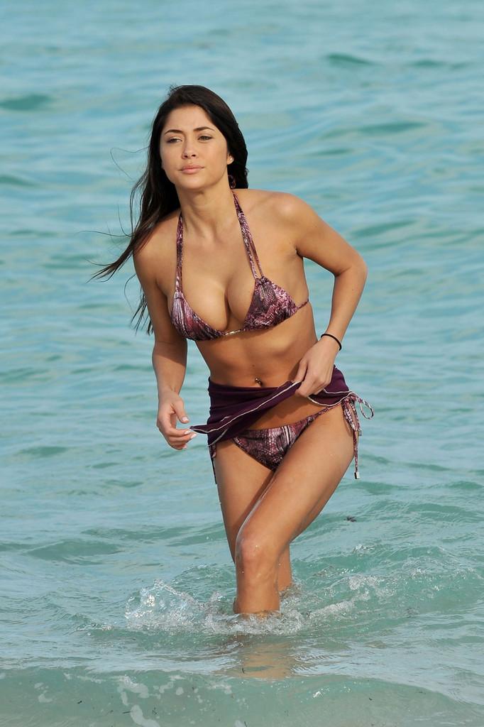 Wallpaper Brazil Girl Arianny Celeste Bikini In Miami 10 Gotceleb