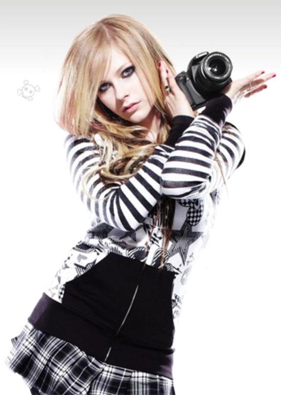 Emo Girl Wallpaper 2012 Avril Lavigne Maxim Magazine November 2010 Issue Add 02