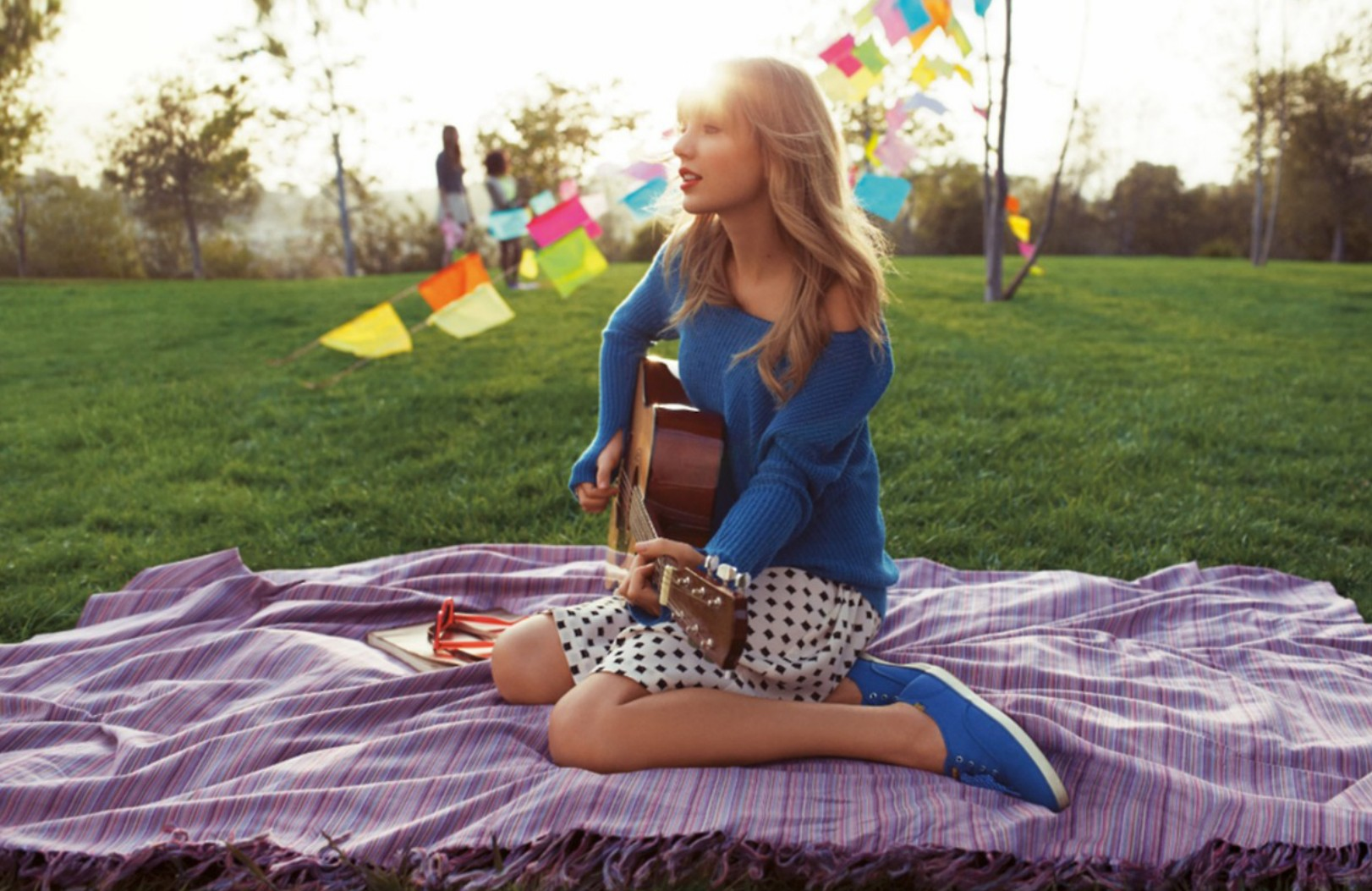 Pretty Girl Wallpaper Full Hd Taylor Swift Keds Spring 2014 Campaign 04 Gotceleb