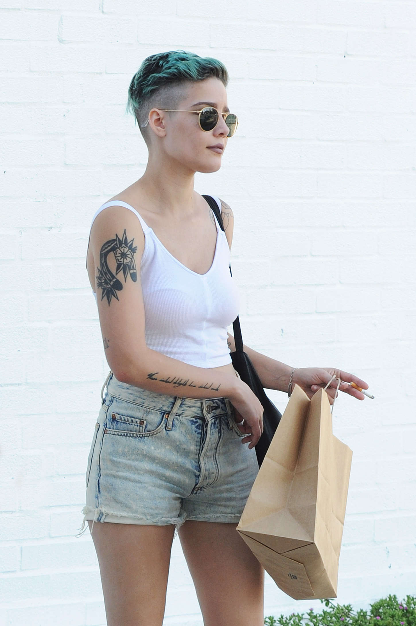 Girl Smoking Weed Wallpaper Halsey Out And About In La Gotceleb