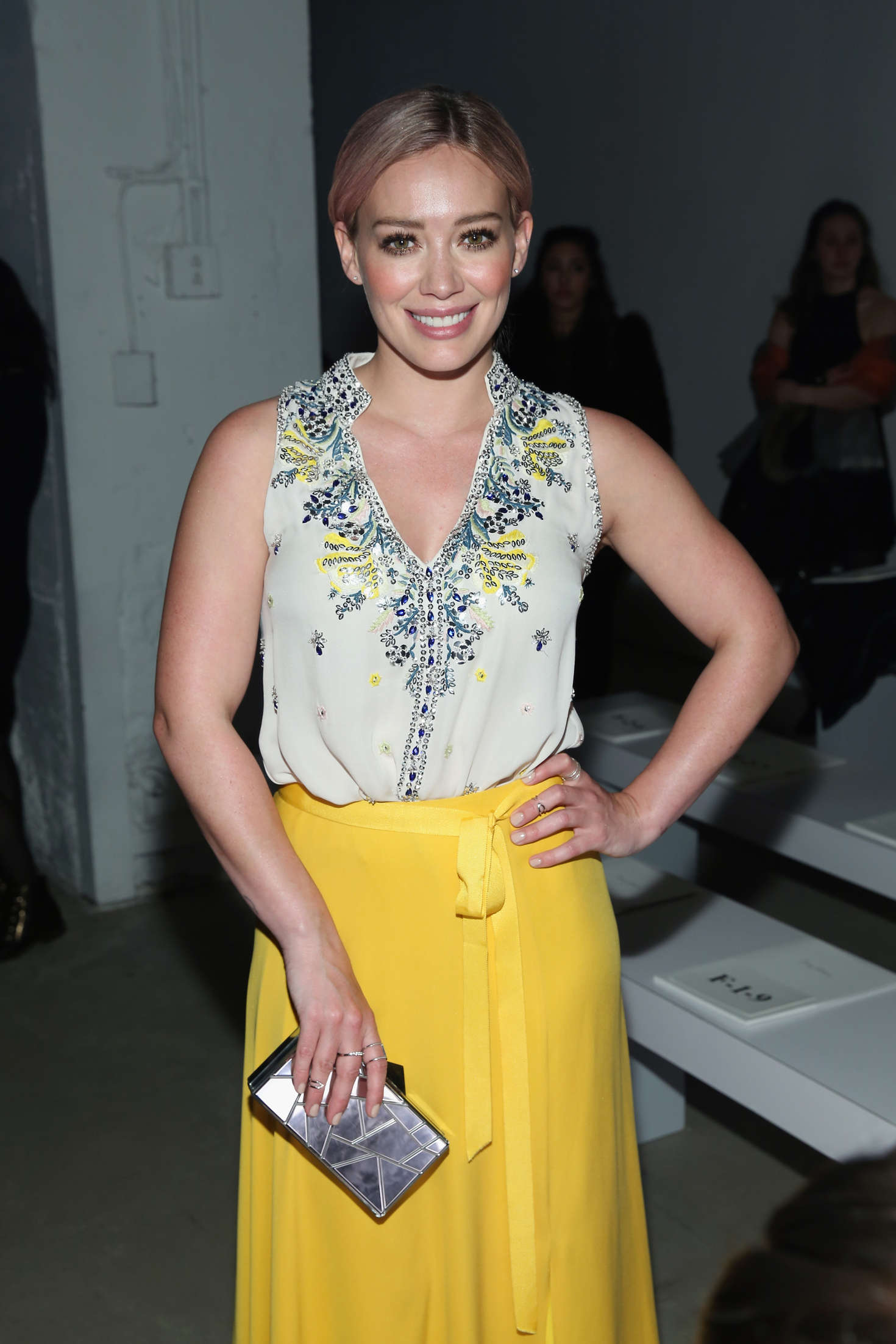 Fall Evening Wallpapers Hilary Duff Jenny Packham Fall 2016 Fashion Show In Nyc