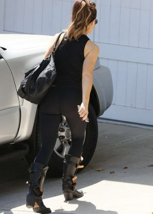 Cute Girl Smoking Wallpaper Kate Beckinsale In Yoga Pants At Gym In Los Angeles