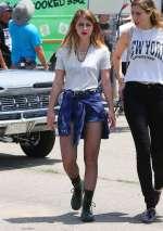 Melissa Benoist Set Low Riders