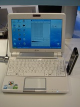 Eee PC 901 with WiMAX Dongle WUSB25E2V2