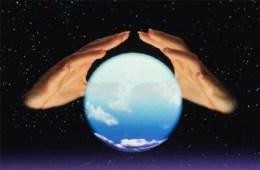 201111203716_crystal-ball