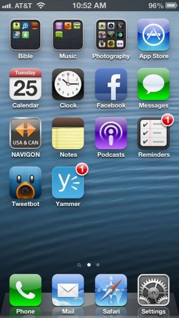 Apple iPhone 5 Running iOS 6