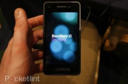 six-blackberry-10-devices-qwerty-and-touch-0-1