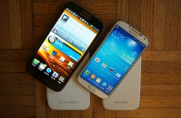 The Galaxy S4 display features better resolution than the Galaxy Note 2's, but it's not a deal breaker.