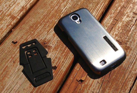 Incipio DualPro Shine Samsung Galaxy S4 Case Review - 9