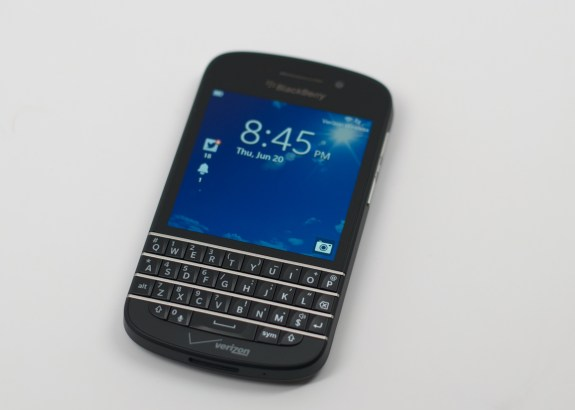 BlackBerry Q10 Review -  001