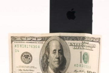 iPhone 5 Deals arrive for June 2013 with big savings.