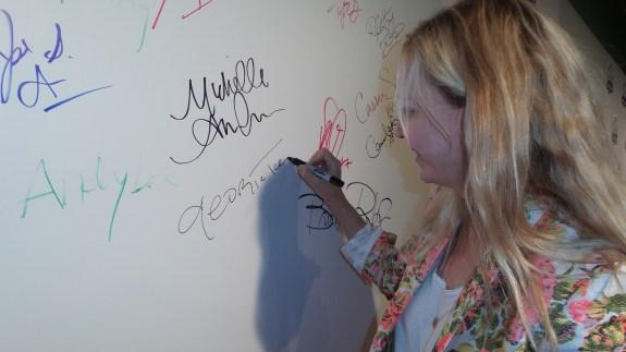 AT&T executive Georgia Taylor taking the pledge.