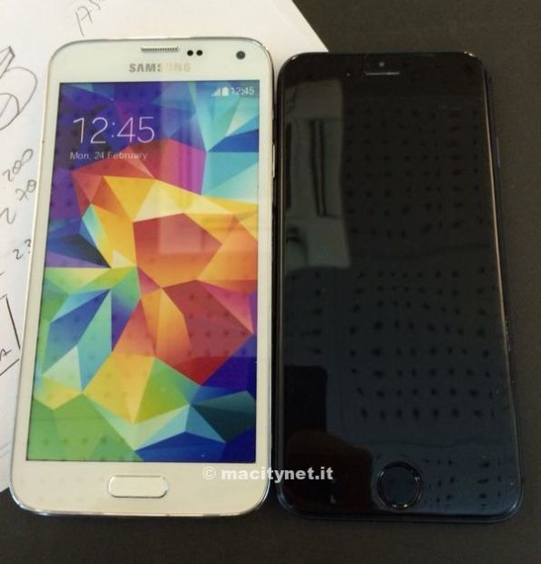 This is how the iPhone 6 might stack up next to the Galaxy S5. Galaxy S5 on left.
