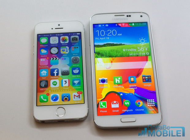 The 4-inch iPhone 5s vs the 5.1-inch Galaxy S5.