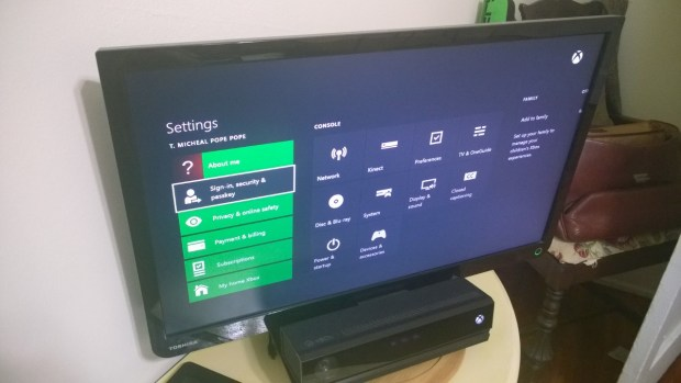 How To Share Xbox One Games with Friends (12)