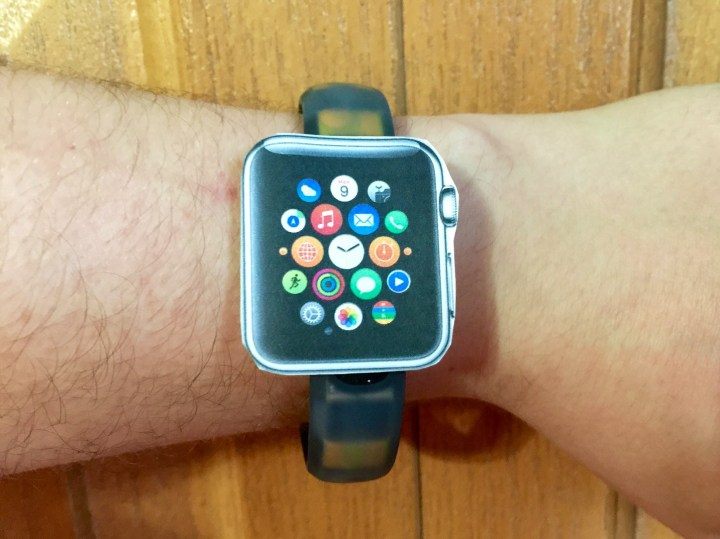Print Apple Watch sizes true to life and try them on.