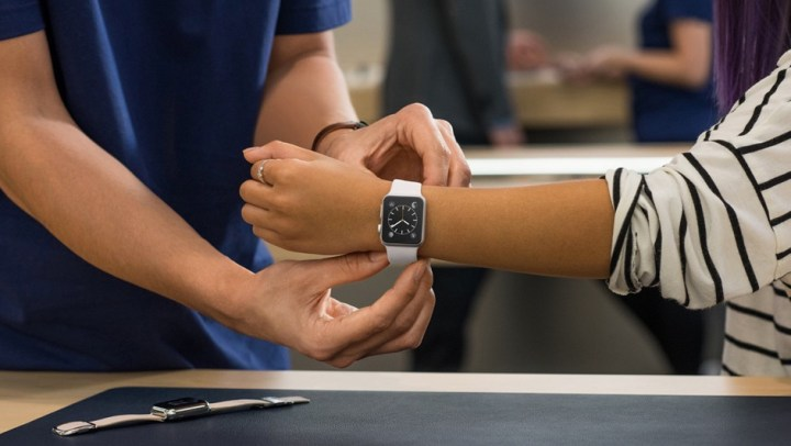In the Apple Store you can schedule an appointment to try on the Apple Watch according to reports.