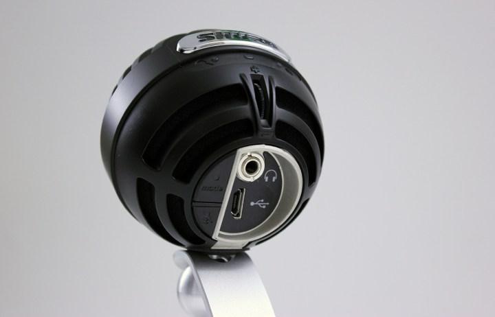 shure-mv5-iphone-microphone-1