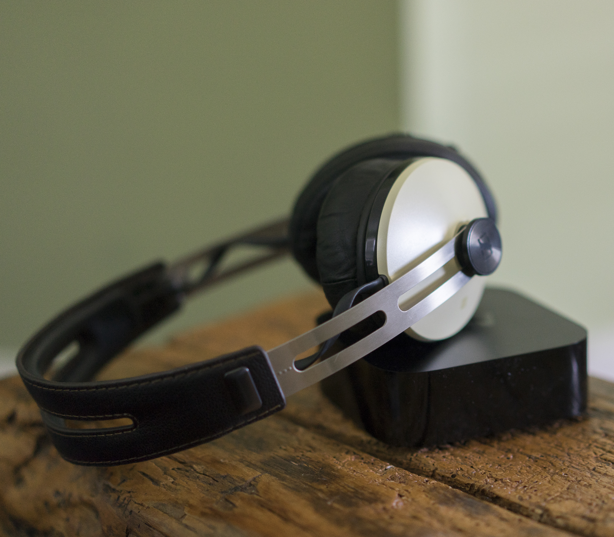 How To Connect Bluetooth Headphones To Apple Tv