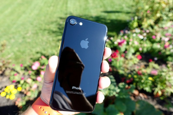 iPhone 7 Jet Black - 3