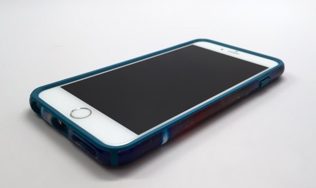 CandyShell Inked iPhone 6 Plus Case Review - 5