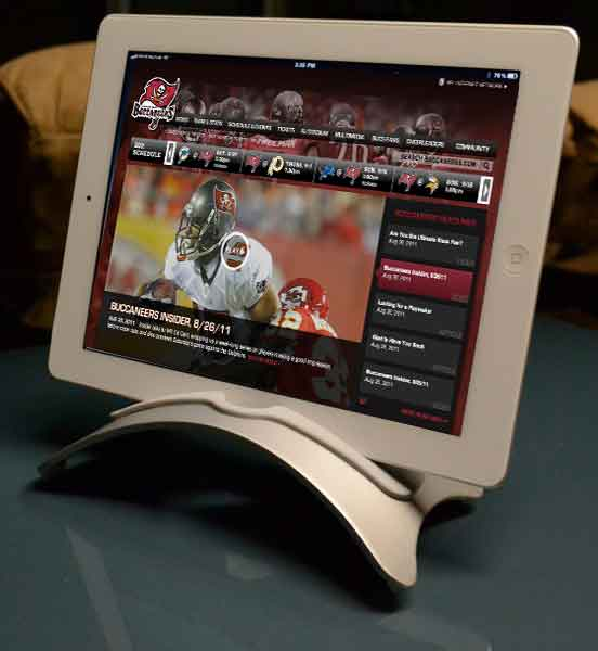Bucs use iPads for play books