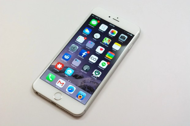 It's still basically impossible to find an iPhone 6 Plus in stock.
